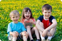 Kids-on-grass_c